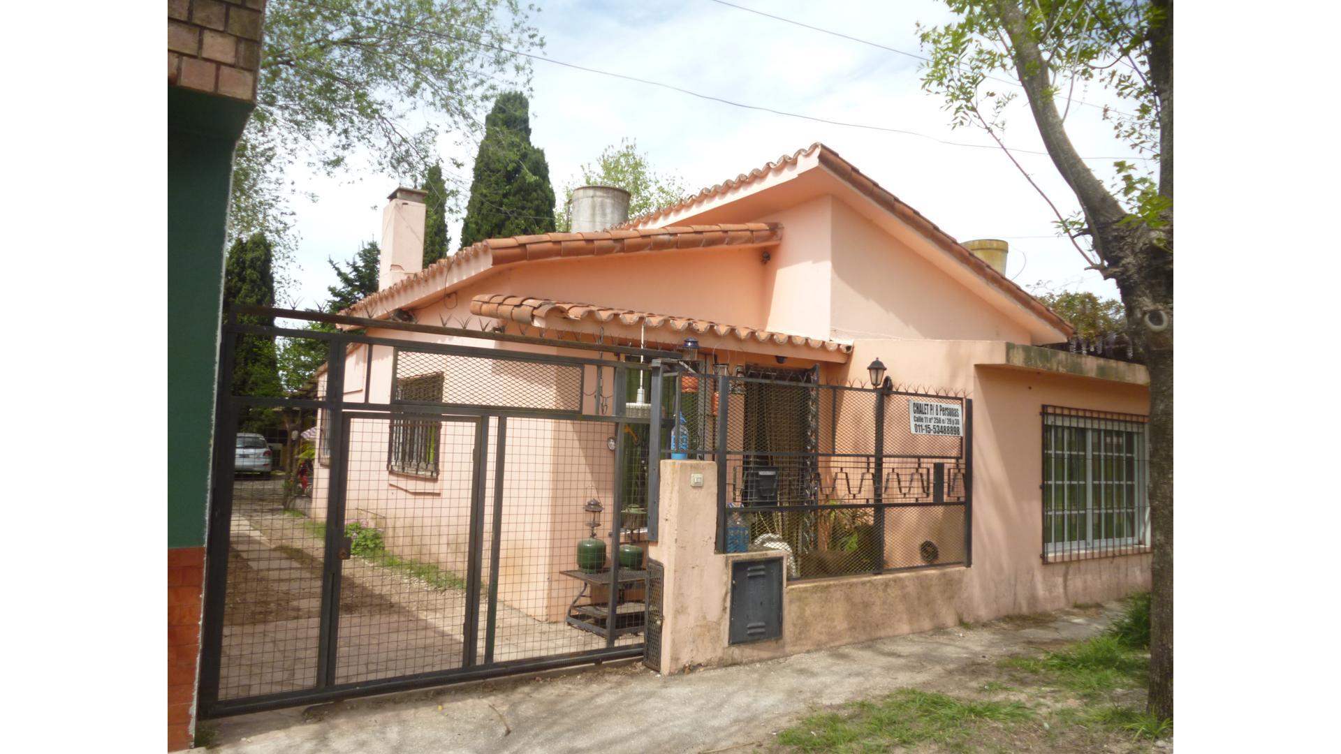 11 200 - U$D 110.000 - Tipo casa PH en Venta