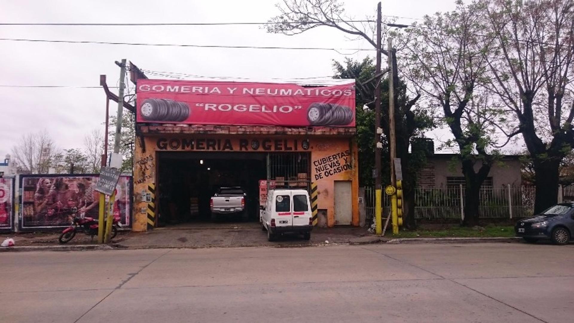 Don Bosco 3800 - U$D 205.000 - Local en Venta