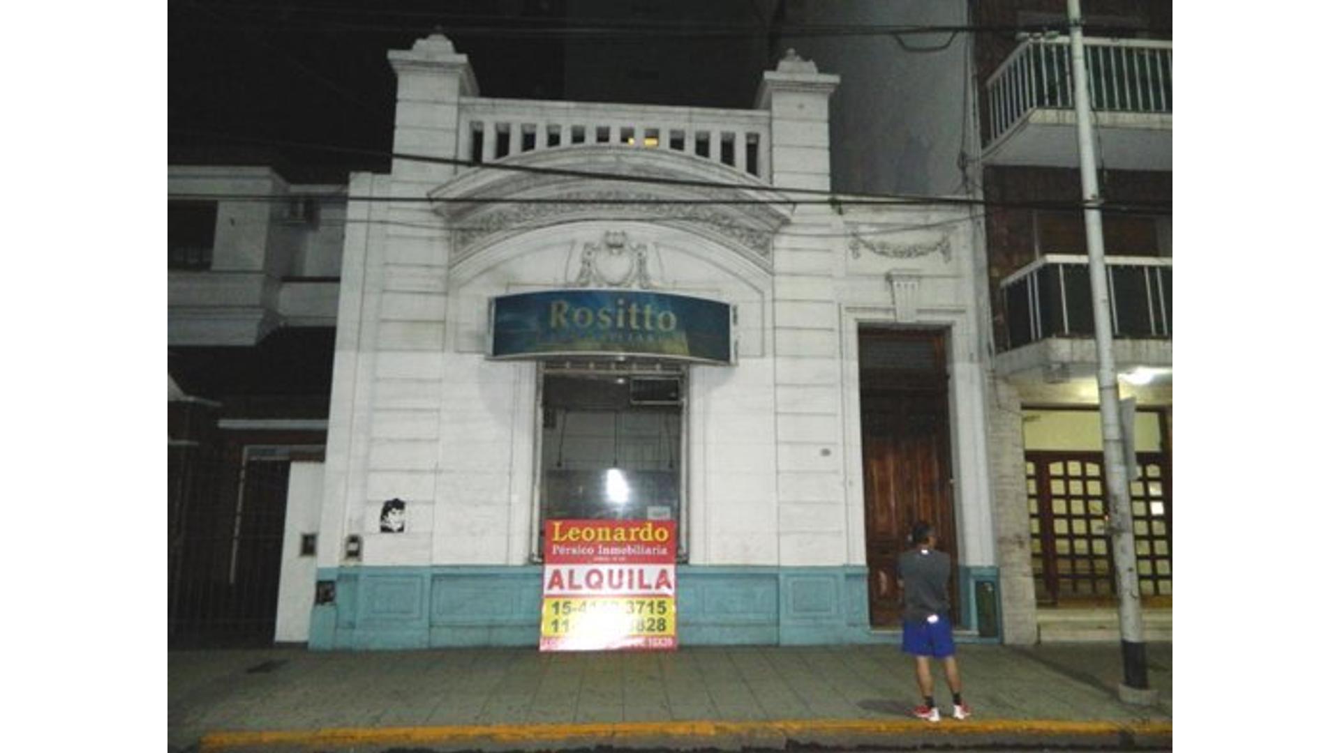 Avenida Belgrano 700 - $ 25.000 - Local Alquiler