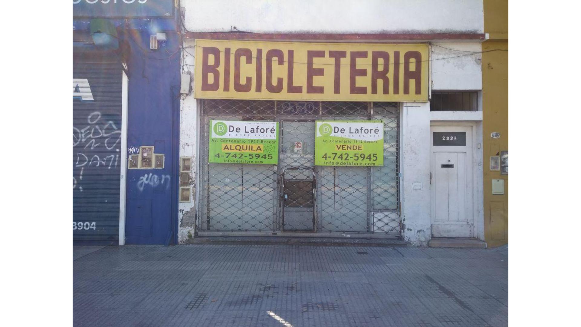 Av. Centenario 2300 - U$D 220.000 - Local en Venta