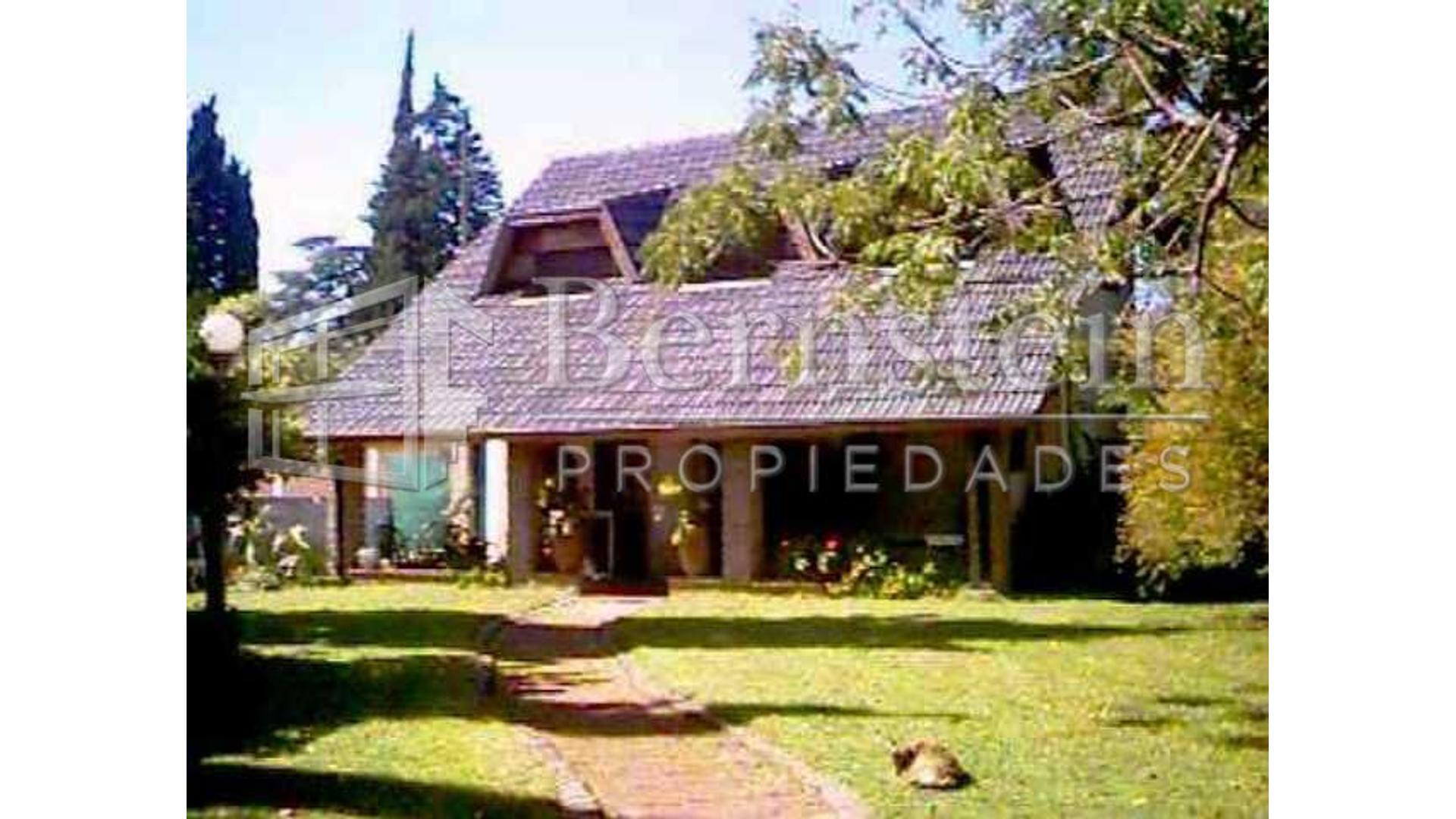 Schweitzer, Albert 1400 - U$D 470.000 - Quinta en Venta