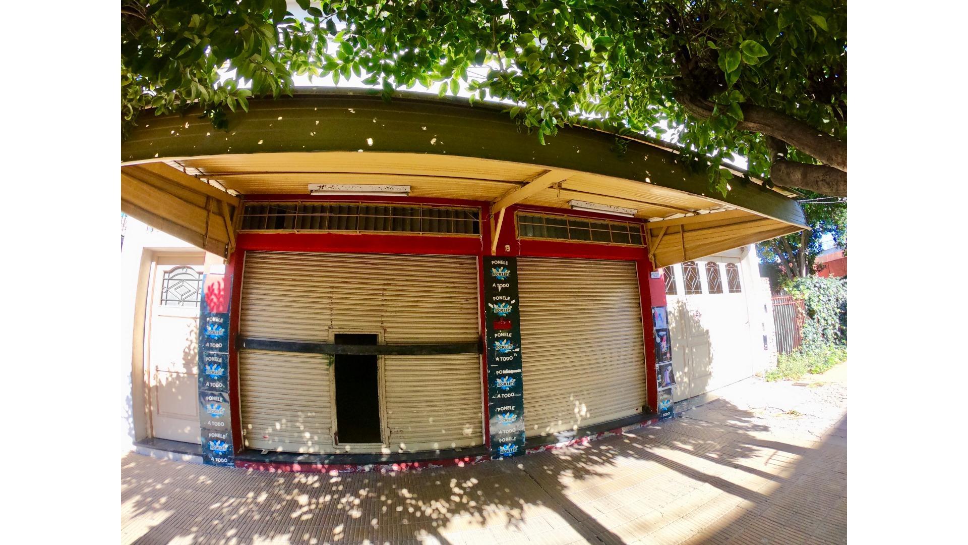 Las Heras 1800 - $ 8.000 - Local Alquiler