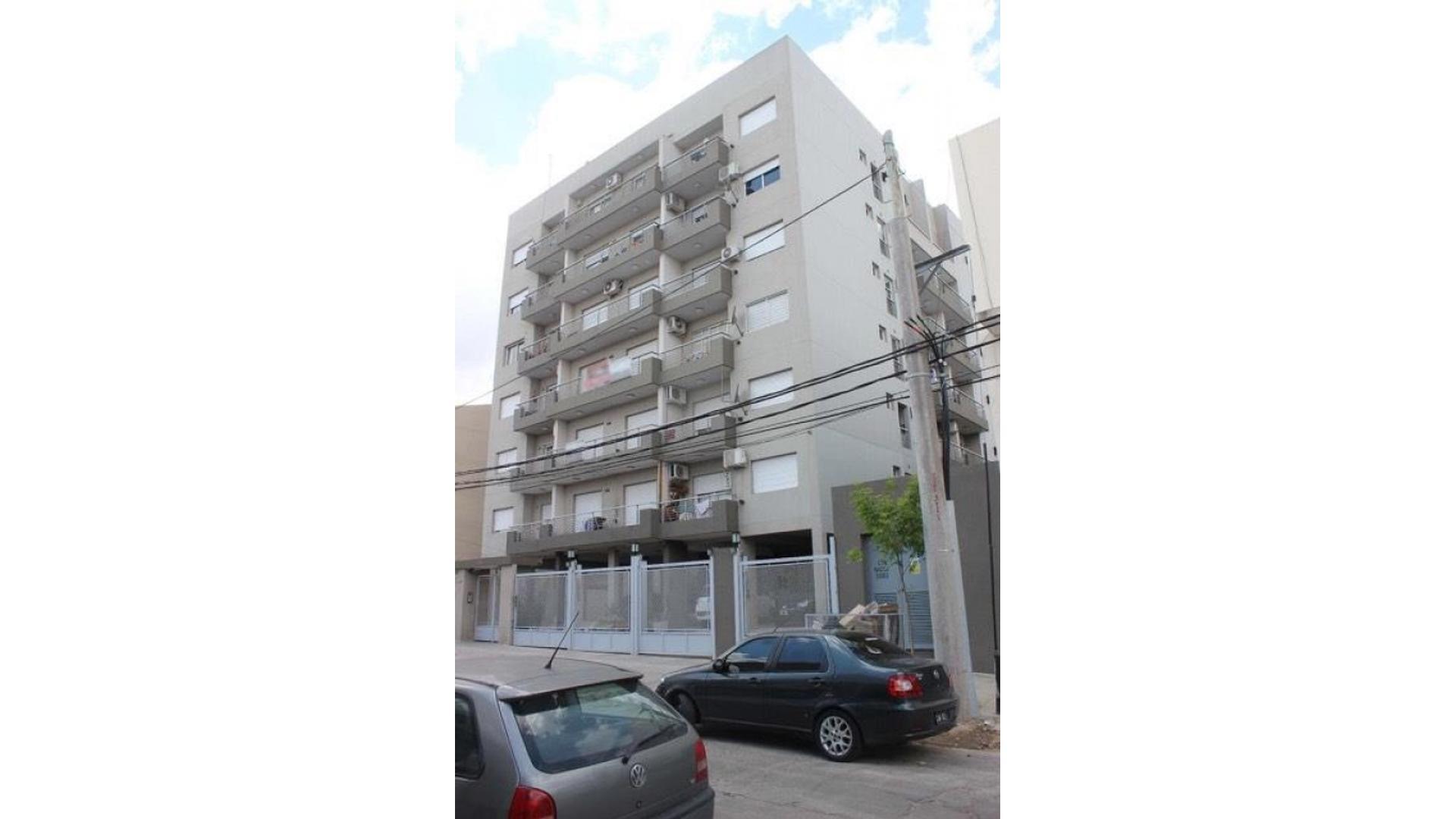 Echague 100 - U$D 79.000 - Departamento en Venta