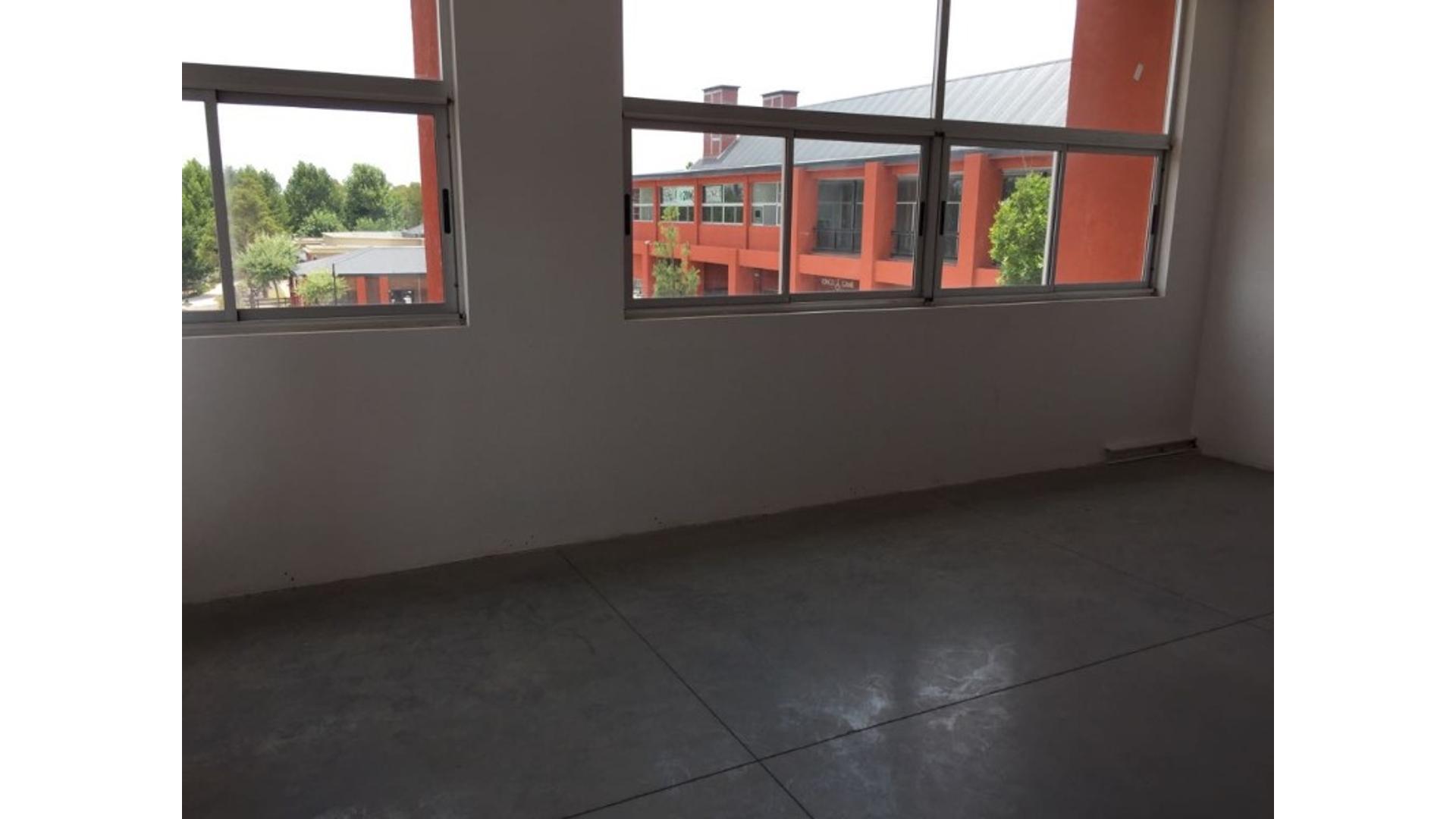 Pilara Lote / N° 2 - U$D 90.000 - Oficina en Venta