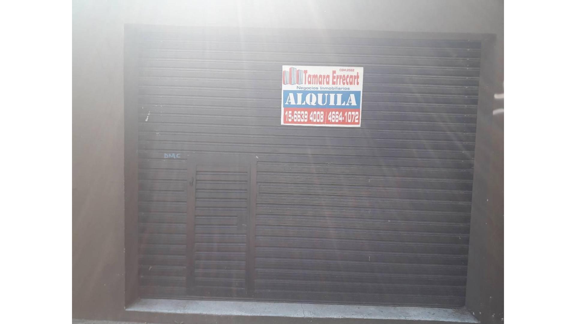 Farias 100 - $ 8.500 - Local Alquiler