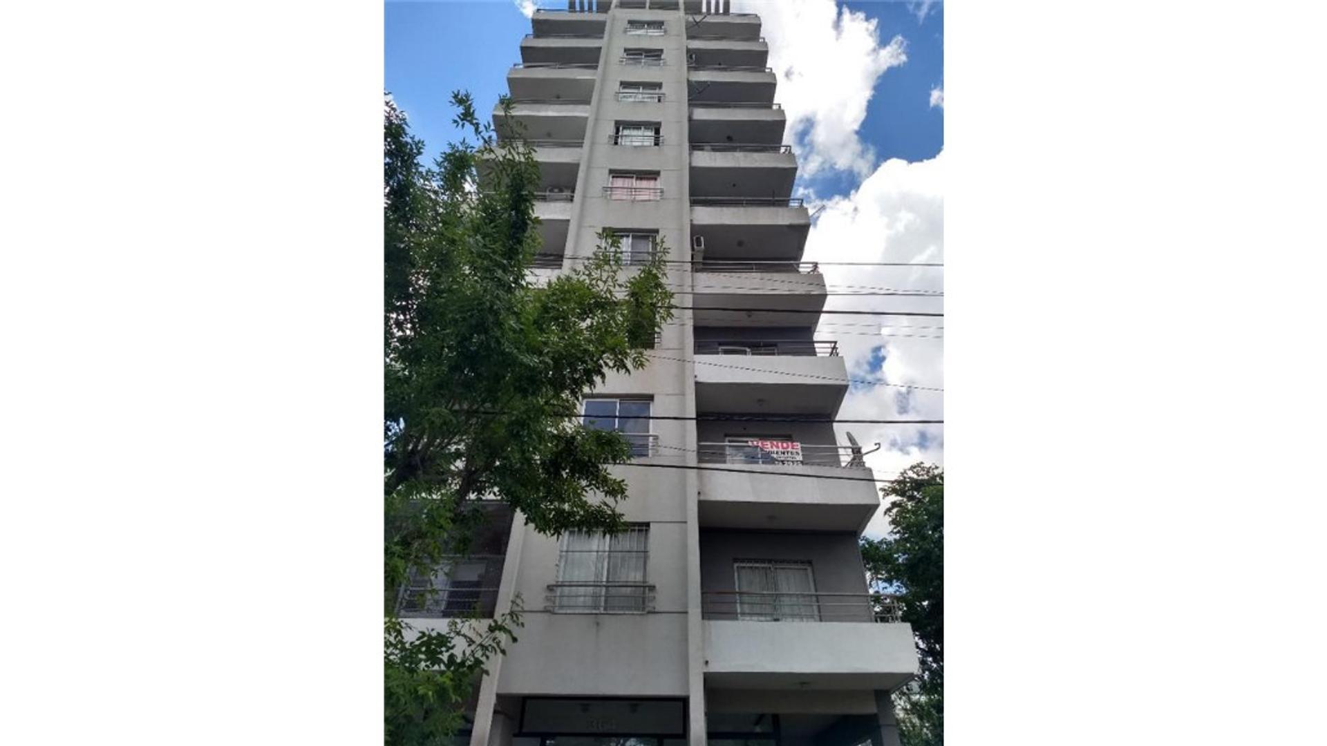 Centro De Pilar / L.lopez 100 - U$D 115.000 - Departamento en Venta