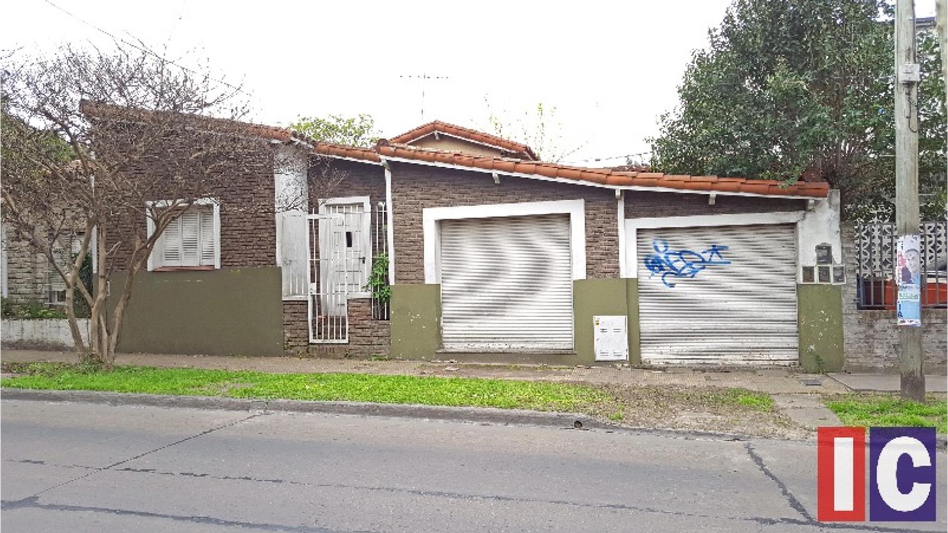 Alem 1500 - U$D 130.000 - Casa en Venta