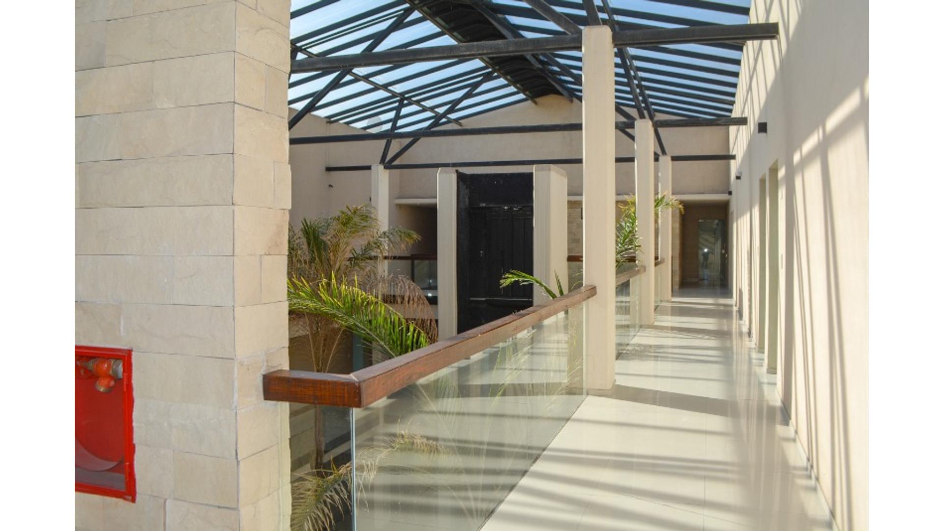 Riviera Park 181000 - $ 18.000 - Oficina Alquiler