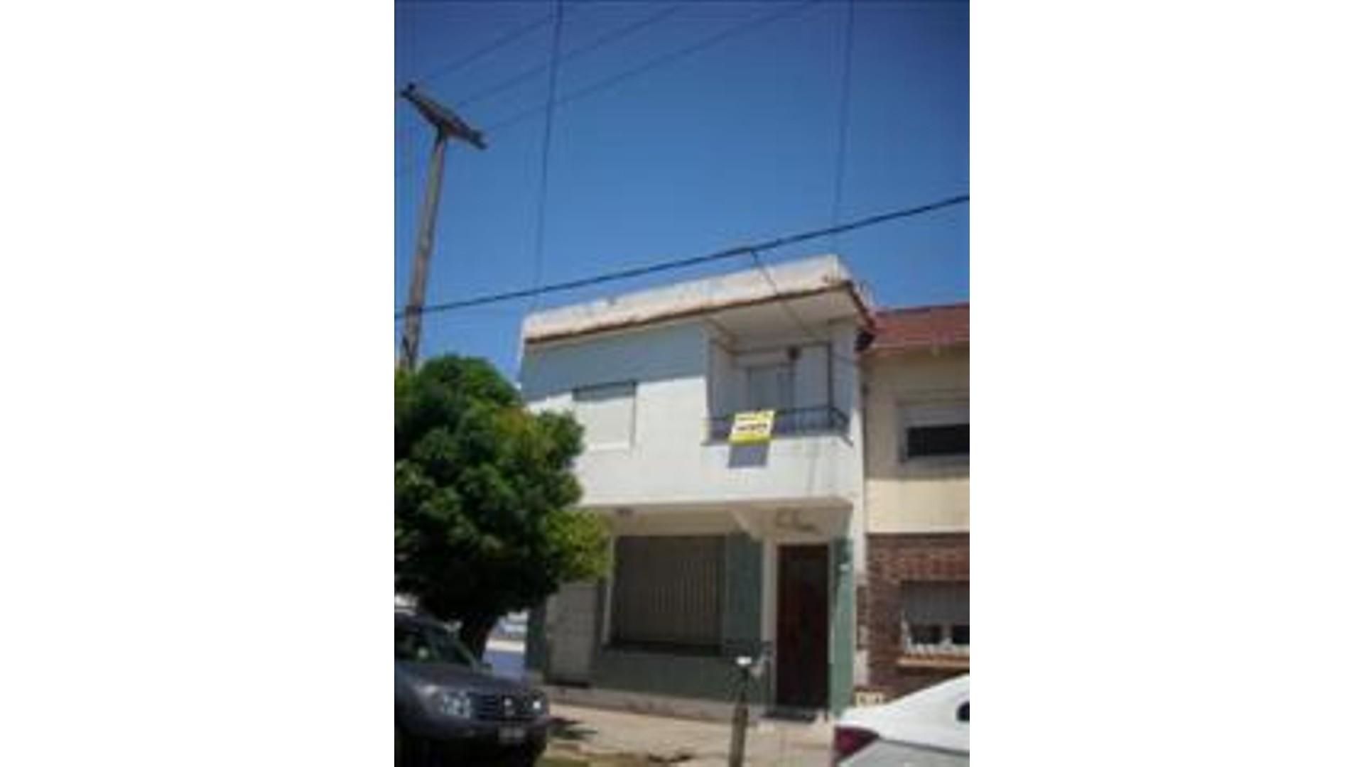 Calle 4 2300 1° - U$D 40.000 - Departamento en Venta
