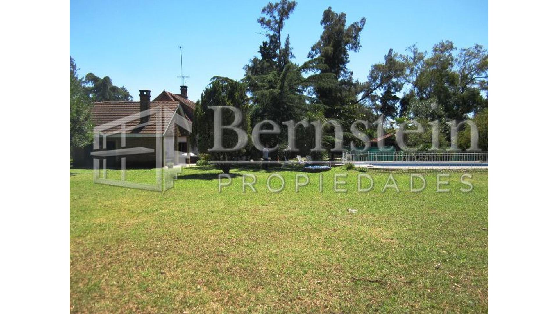 Marconi, Guillermo 100 - U$D 280.000 - Quinta en Venta