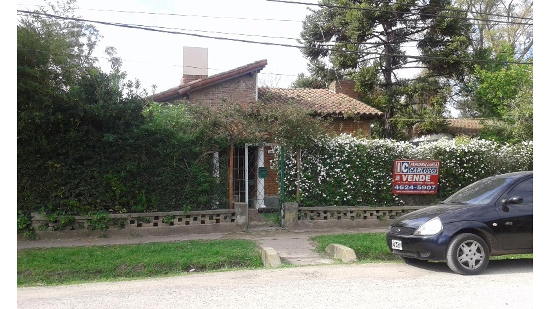 Benito Lynch 2000 - U$D 140.000 - Casa en Venta