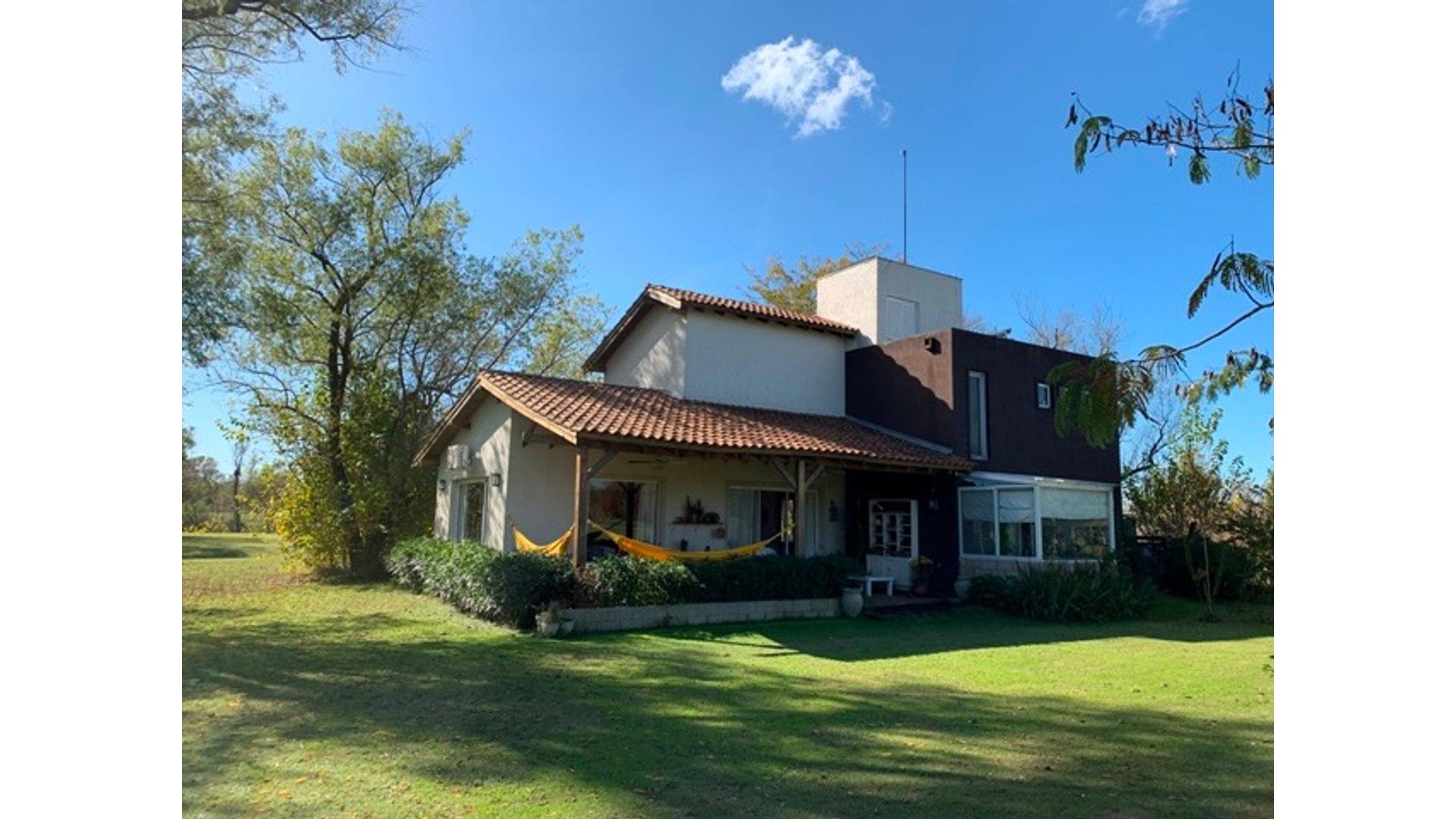Lago De Manzanares - Vm Martignone Lote / N° 0 - U$D 295.000 - Casa en Venta