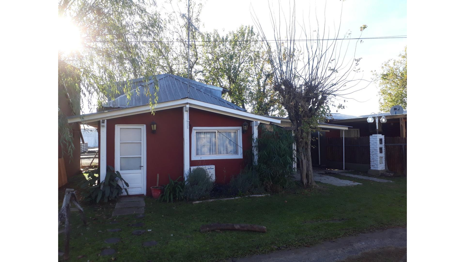 Las Azucenas 2800 - $ 13.500 - Casa Alquiler