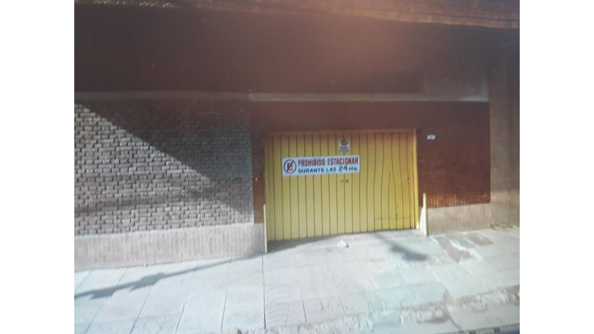 Monteagudo 100 - U$D 20.000 - Cochera en Venta