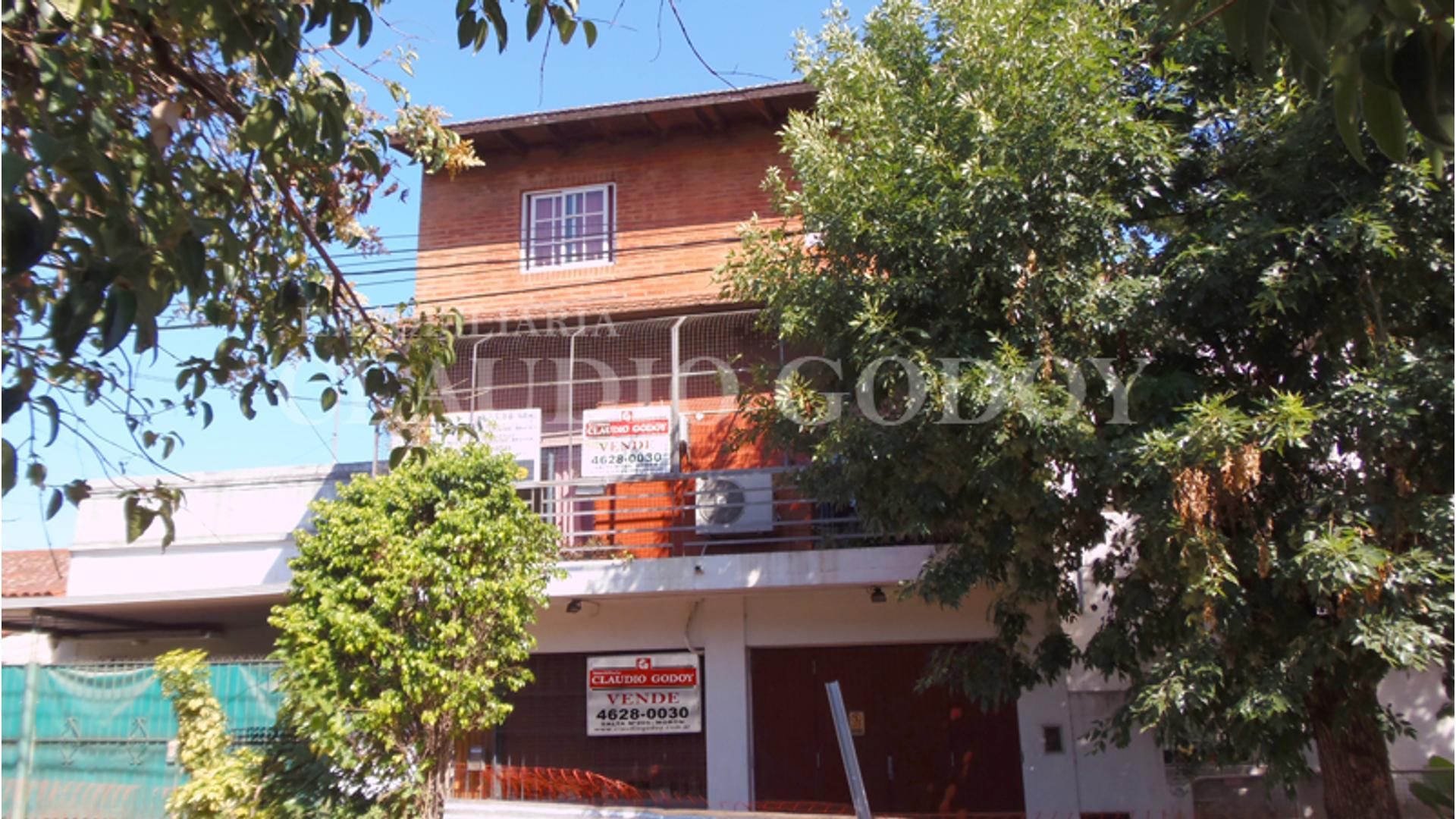 Lamadrid 1000 - U$D 140.000 - Tipo casa PH en Venta