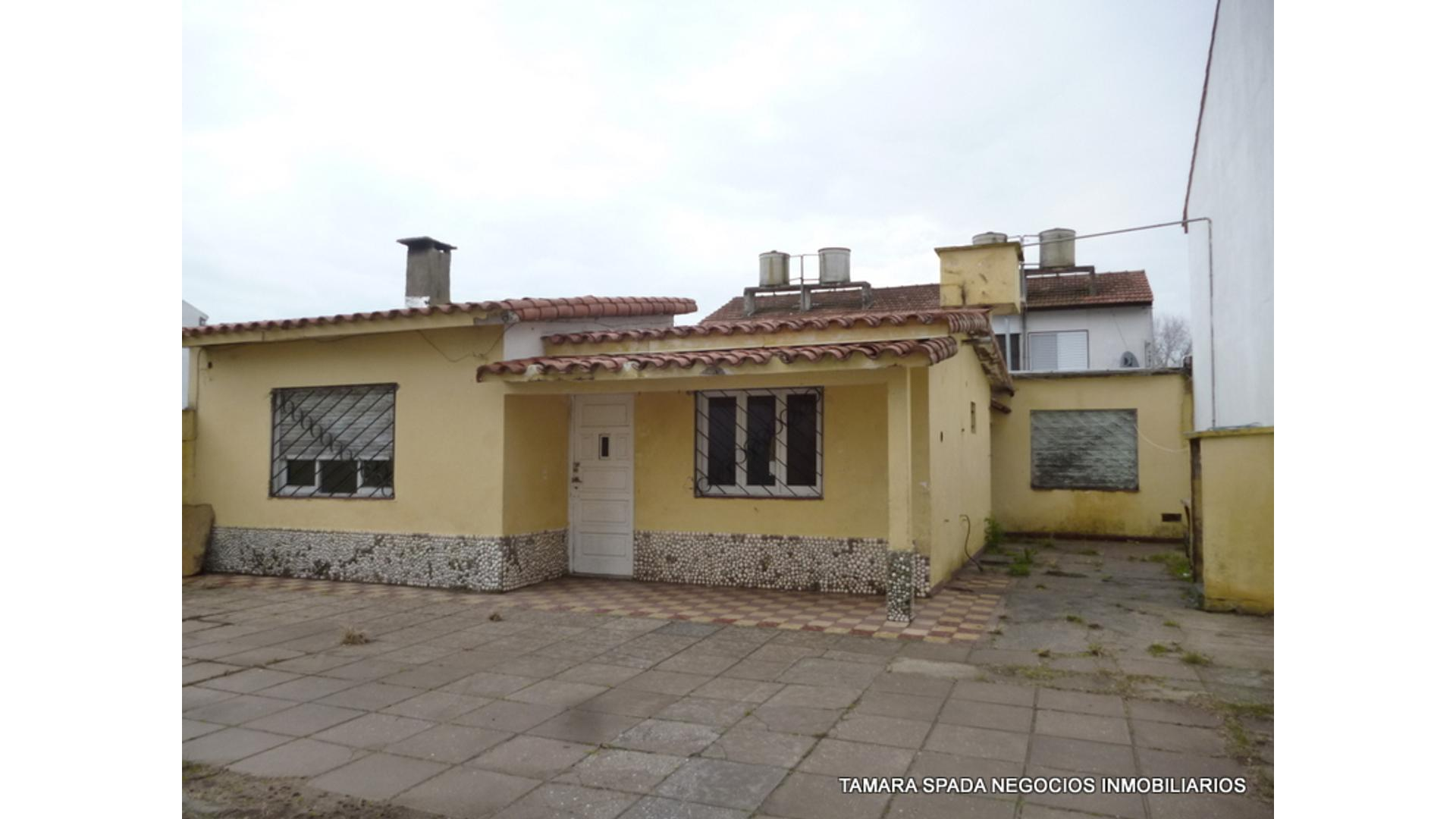 32 600 - U$D 50.000 - Tipo casa PH en Venta