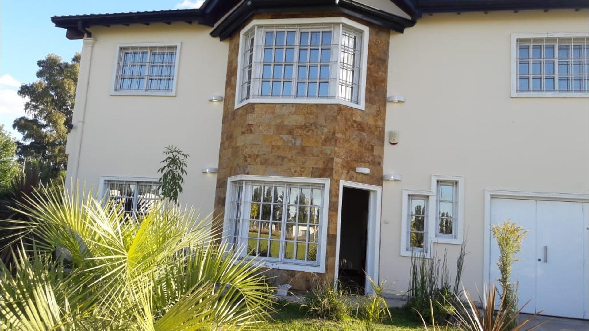 Av. Brig. Gral. Juan Manuel De Rosas 22900 - U$D 280.000 - Casa en Venta