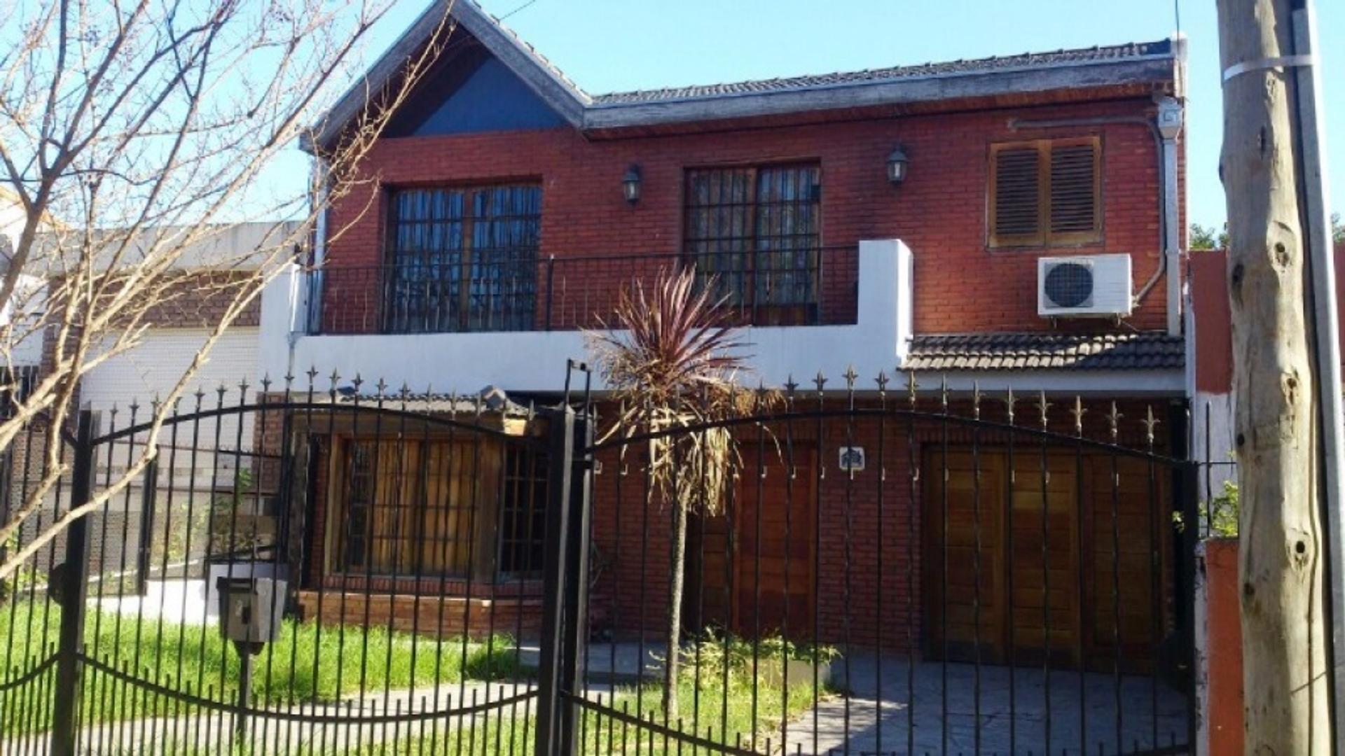 Corvalan 100 - Consulte precio - Casa Alquiler